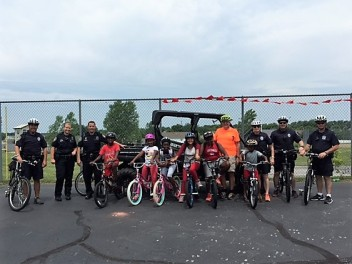 LINC Bike Club & Wentzville Police Officers